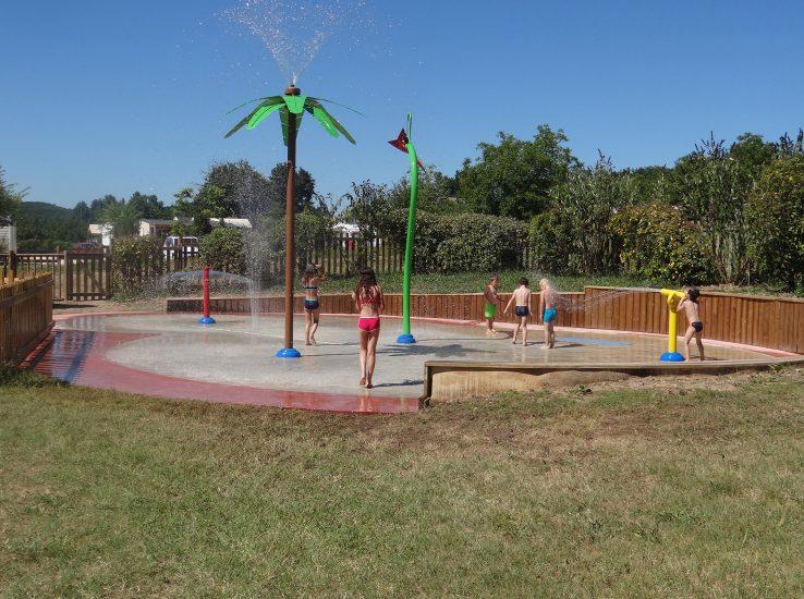 Pataugeoire et jeux d'eau pour enfants